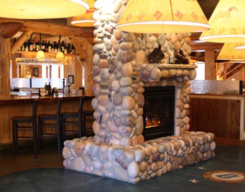 Tahoe Joe's interior